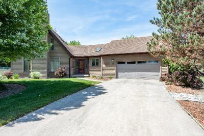 3 Bedroom Home in Winthrop Harbor - $225,888