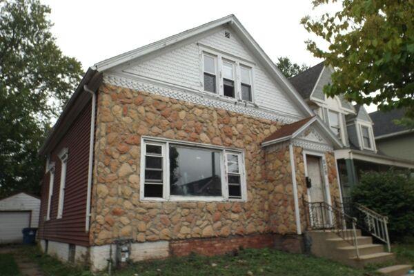 3 Bedroom Home in Racine - $33,000