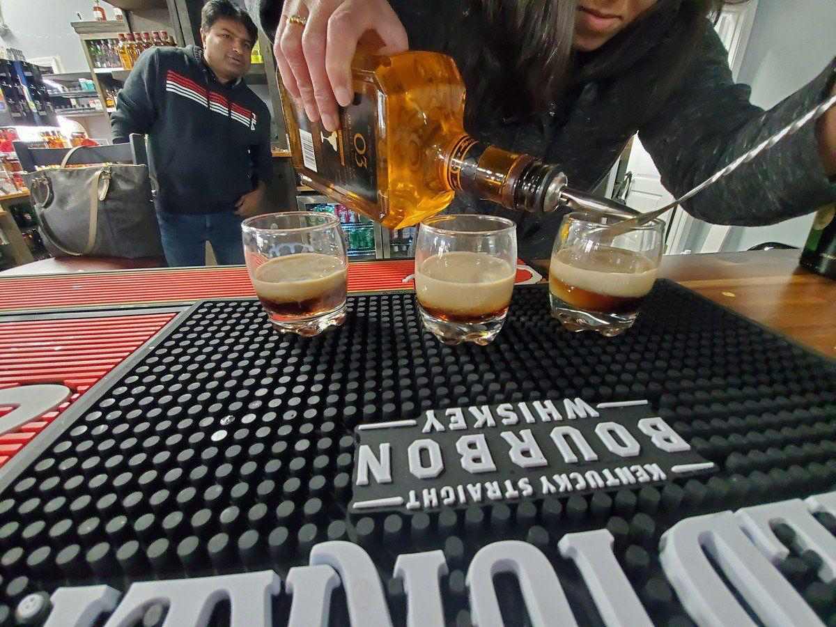 Fancy Liquor and Bar opens in new plaza