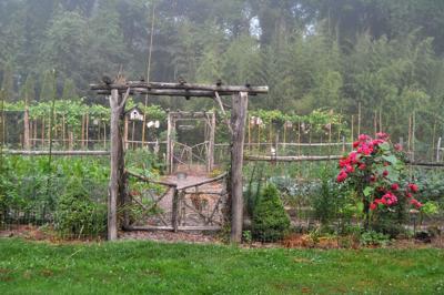 Garden Conservancy lets you peek