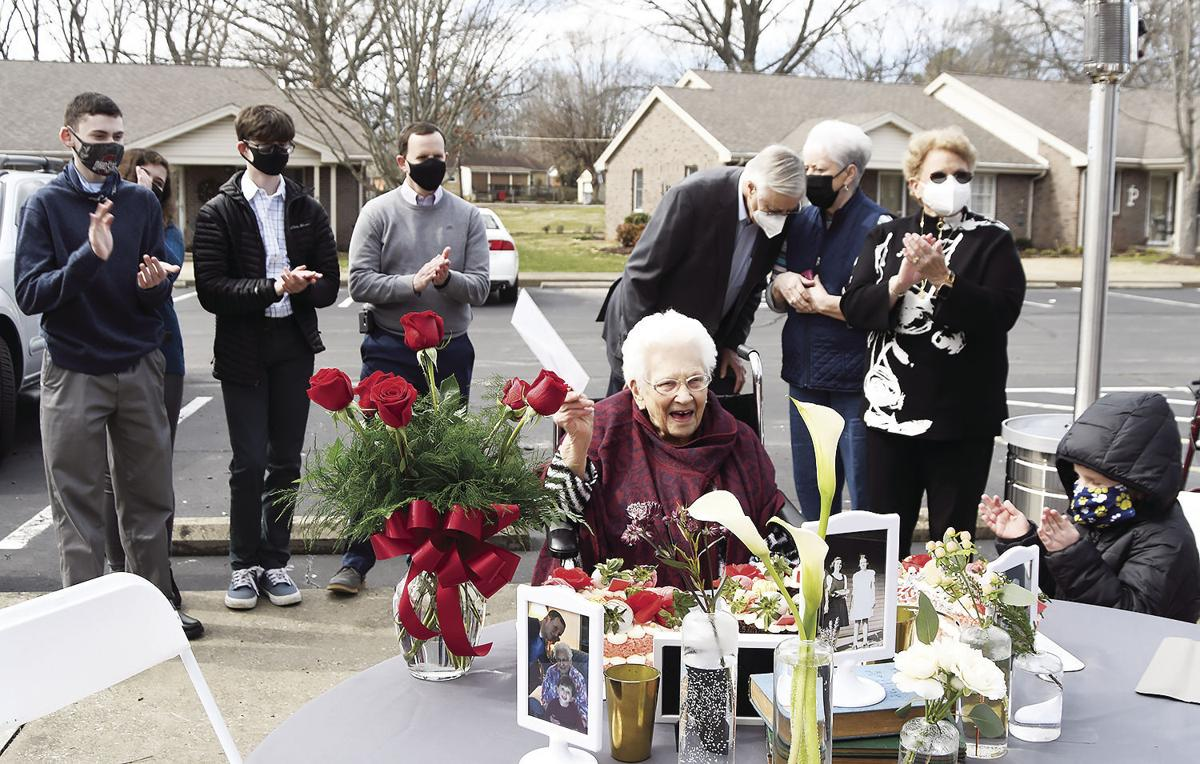 Hoptown woman observes 100th birthday