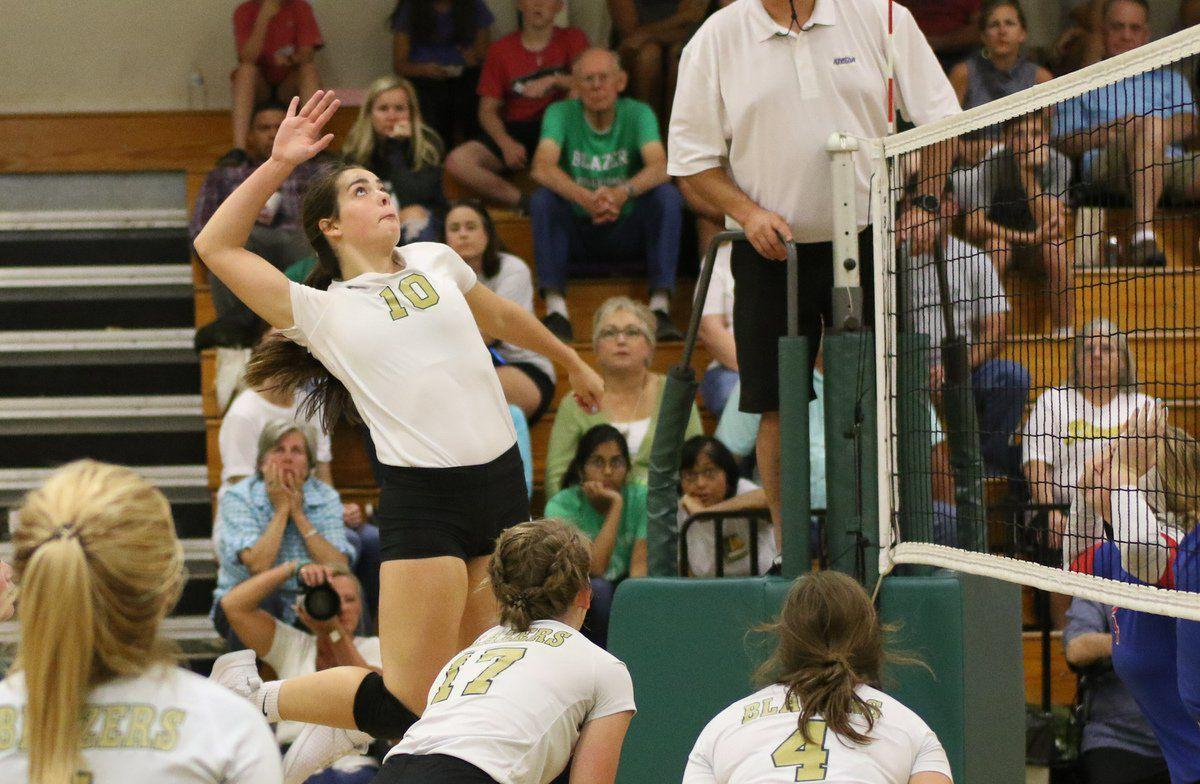 Lady Blazers battle to 3-set win over County