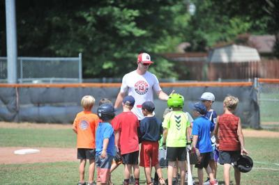 Hoppers host baseball camp for youths