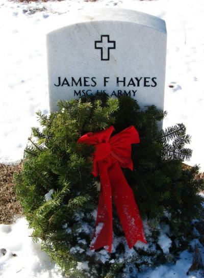 Wreaths Across America raising funds