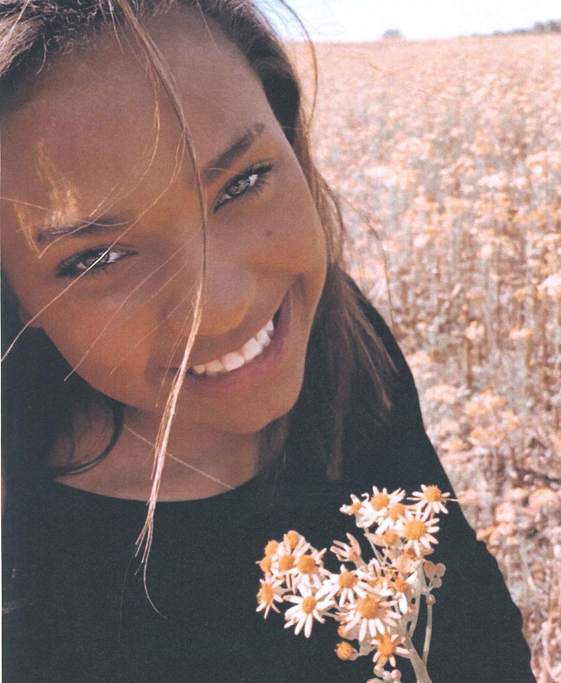 Alarryia La'Neal Jones