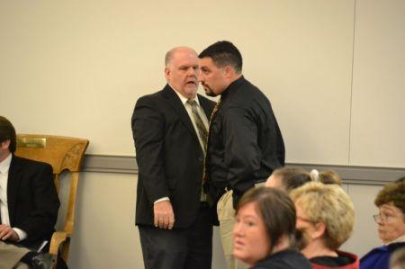 Ex-deputy jailer enters guilty plea in Henderson County