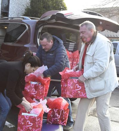 Chamber Ambassadors deliver Valentines to Sanctuary