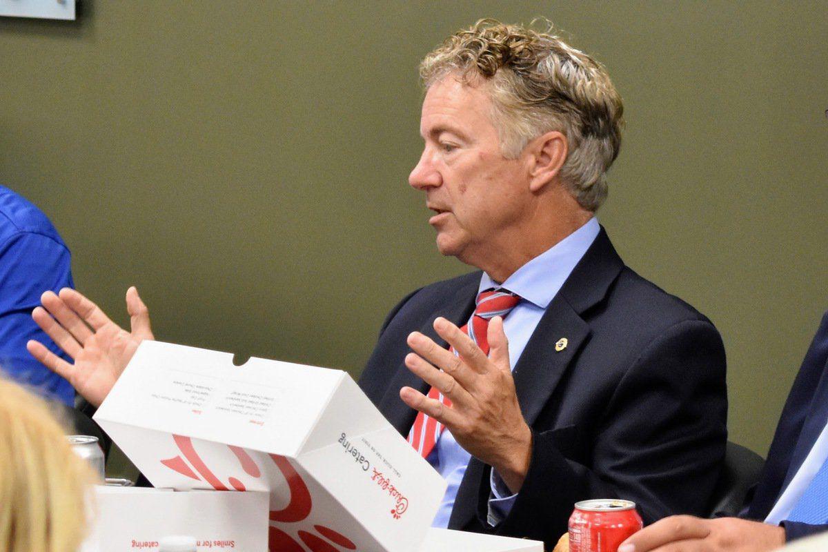 Sen. Paul, chamber discuss Fort Campbell, trade war