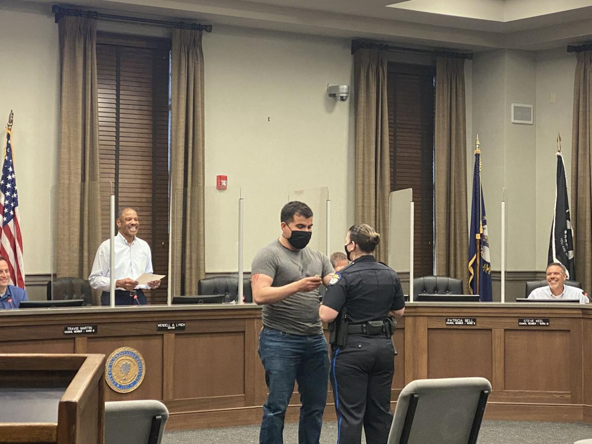 Hopkinsville City Council swears in new HPD officer