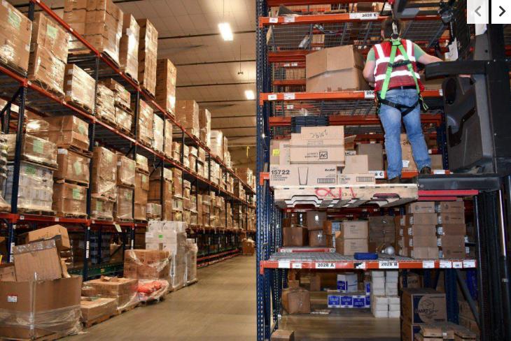 clarks distribution center