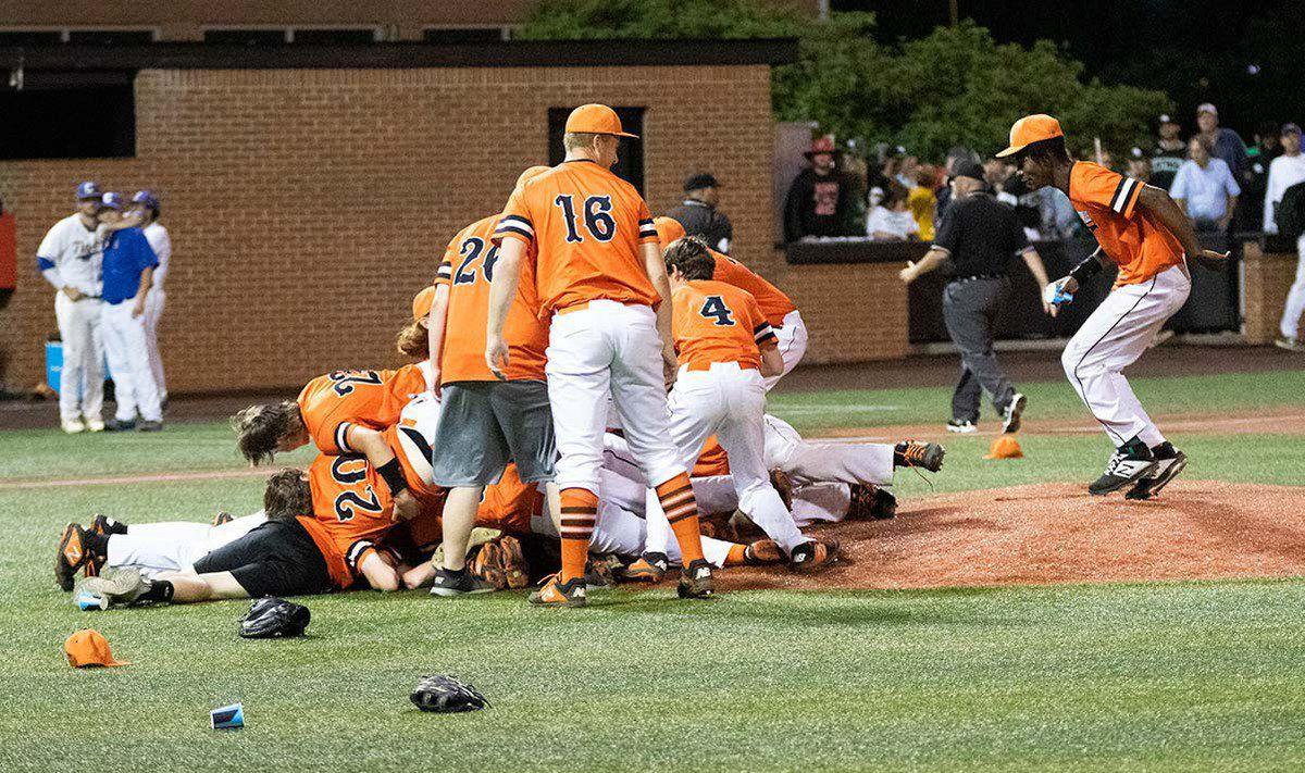 Tigers defeat Caldwell, win 2nd Region title