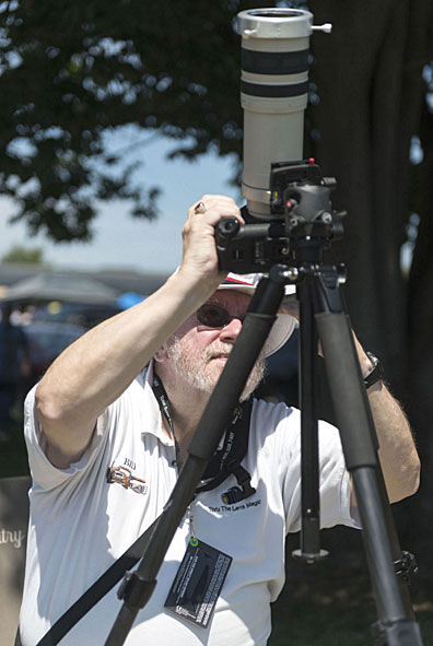 Hundreds view eclipse at RailPark in Bowling Green