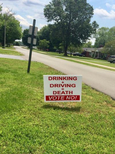 Signs in city of Elkton prelude alcohol vote