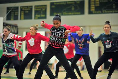 Brooke Bailey Dance Addiction Tumbles To The Boulevard News Kentucky New Era