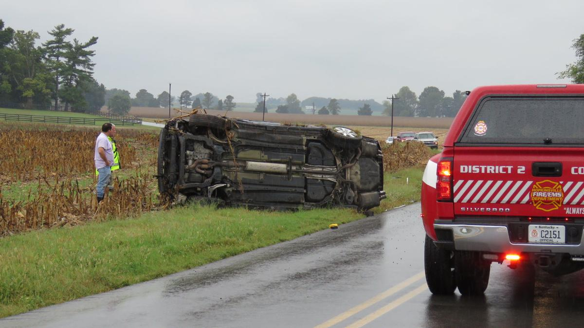 2 separate single-vehicle wrecks send both drivers to the hospital