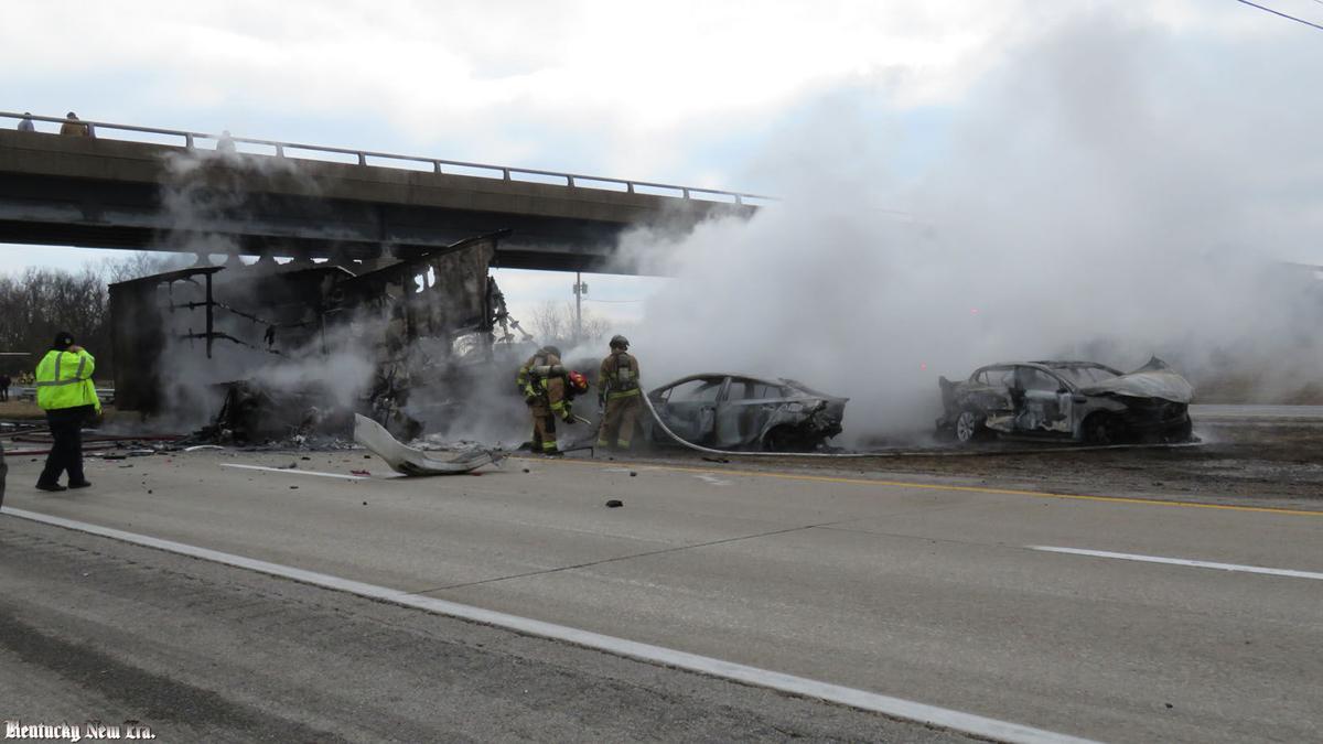 Iowa sisters killed in fiery I-24 accident | News | Kentucky