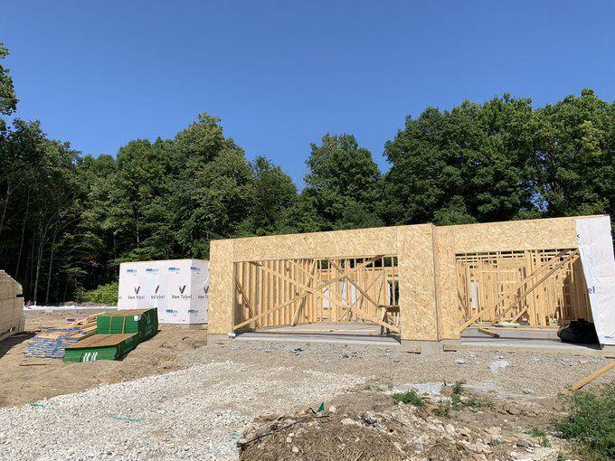 Home construction in Fredrick Farms