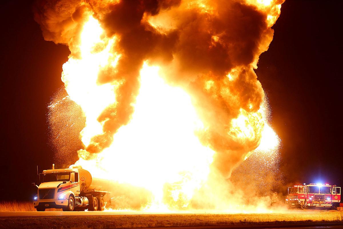 Tanker Fire 02.jpg