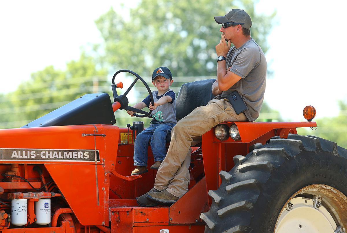 Tractor show 02.jpg