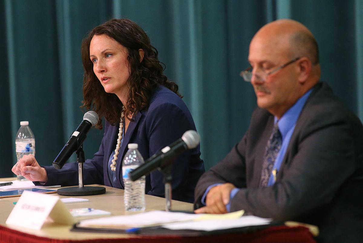 Mayoral debate 06.jpg