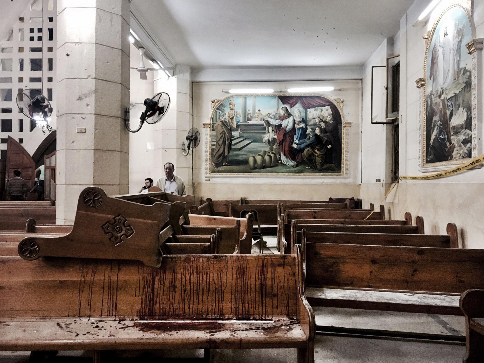 Egyptu0027s Christians Bury Dead After Church Bombings