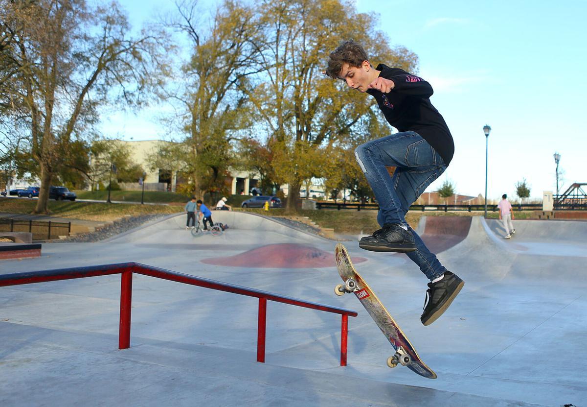 Foster Skatepark 01.jpg