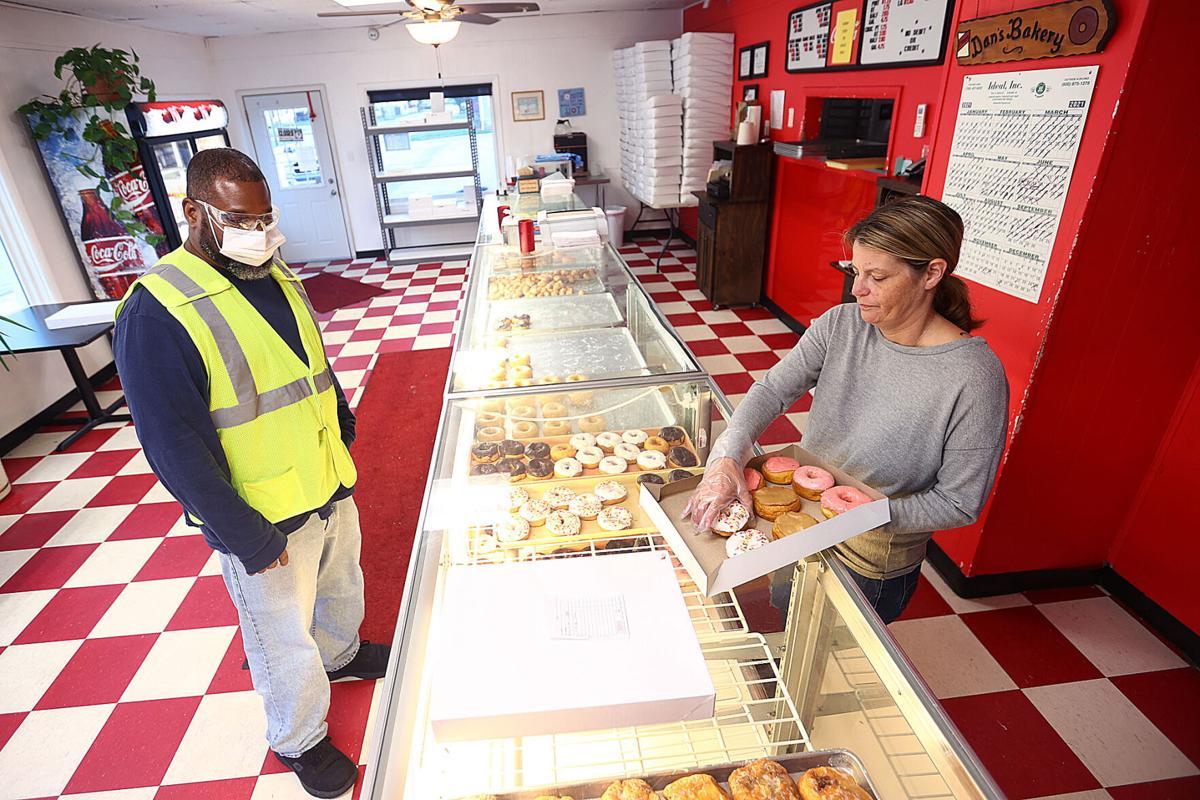 Dan's Variety Bakery 01.jpg