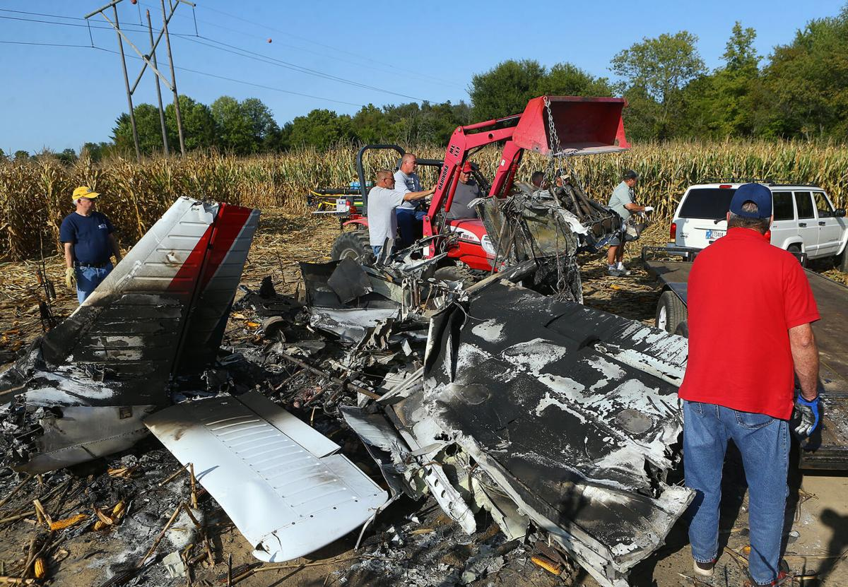 Plane crash cleanup 01.jpg