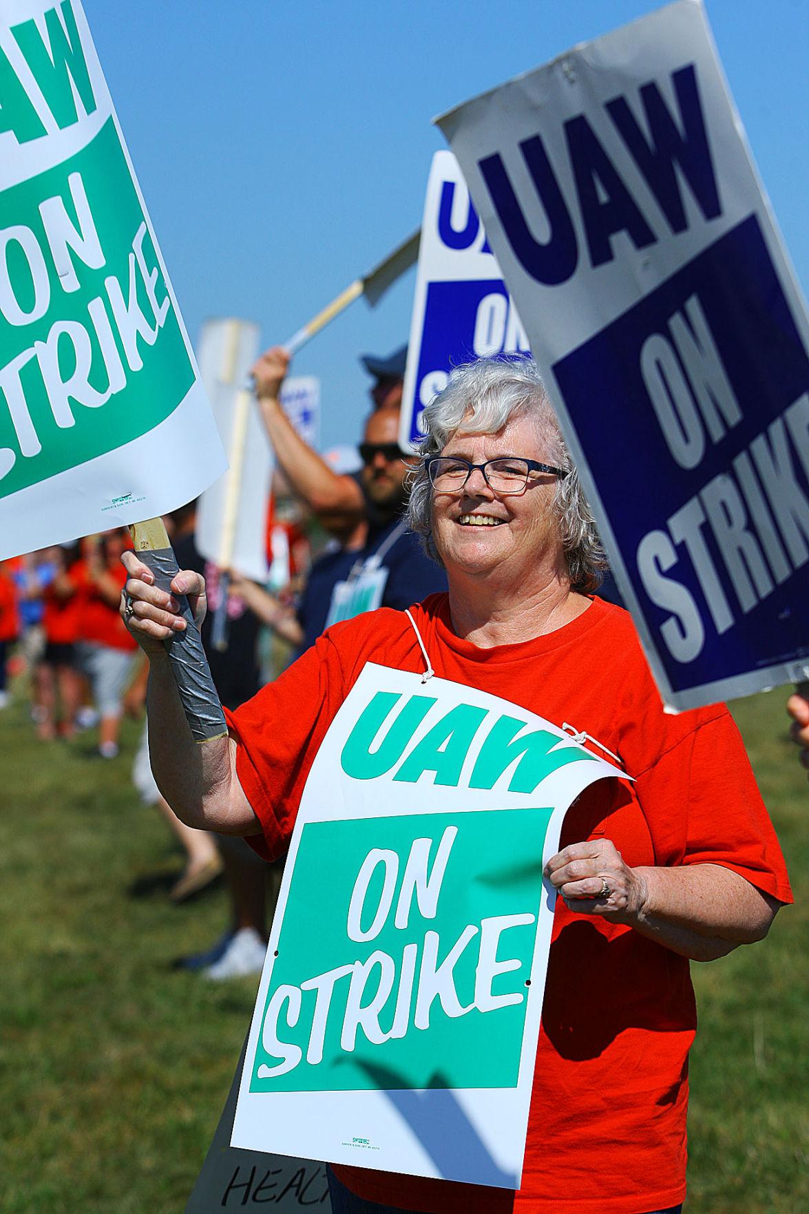 GM strike 23.jpg