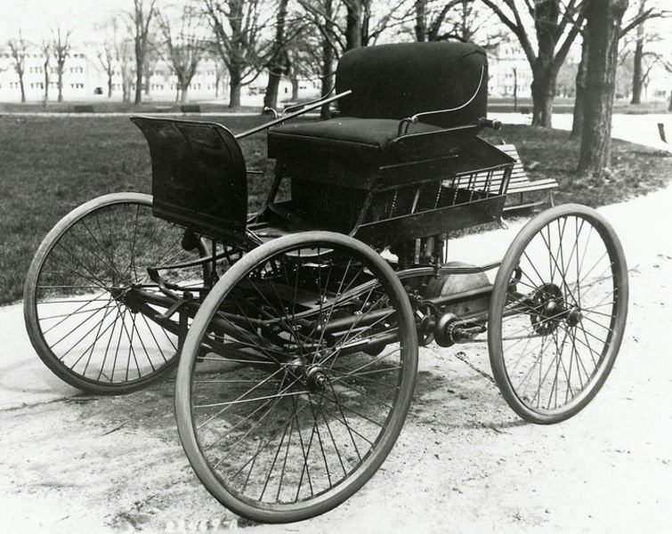 First On July 4 1894 Elwood Haynes Drove The Pioneer Credited As Being Commercially Built Gas Ed Automobile Down Pumpkin Vine Pike