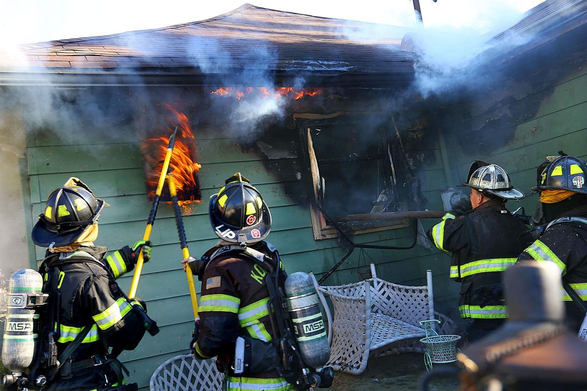 Locke Streeet Fire 07.jpg