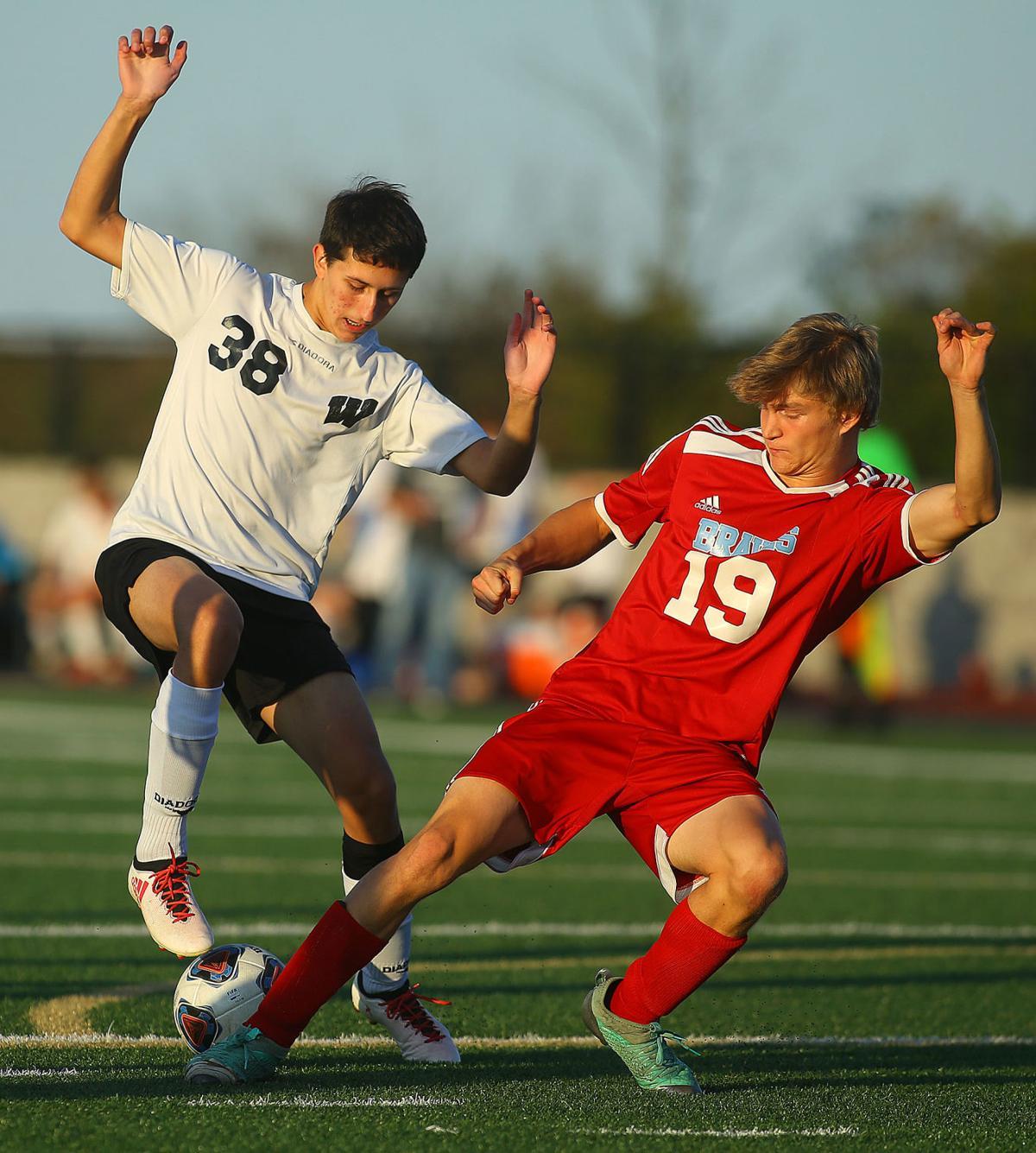 WHS vs Mac soccer 11.jpg