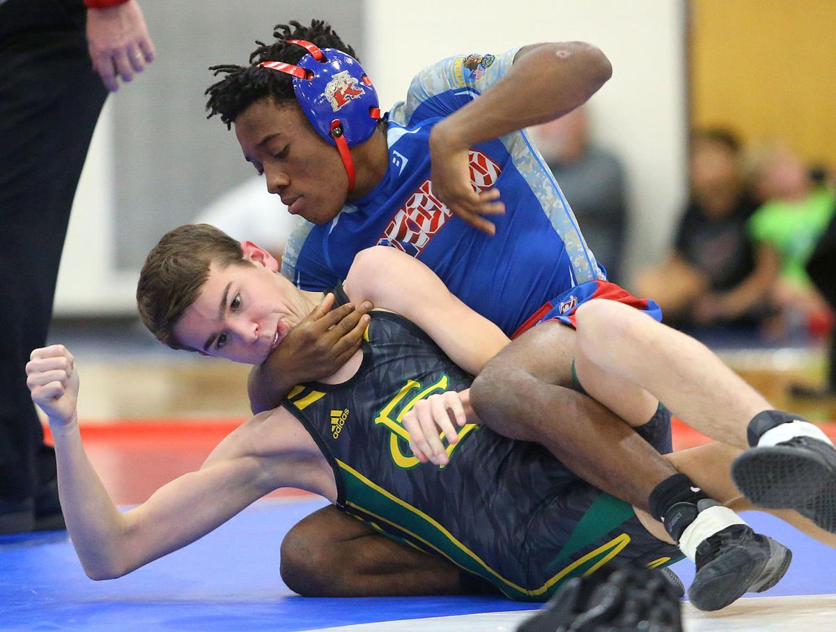 KHS vs EHS wrestling 14.jpg
