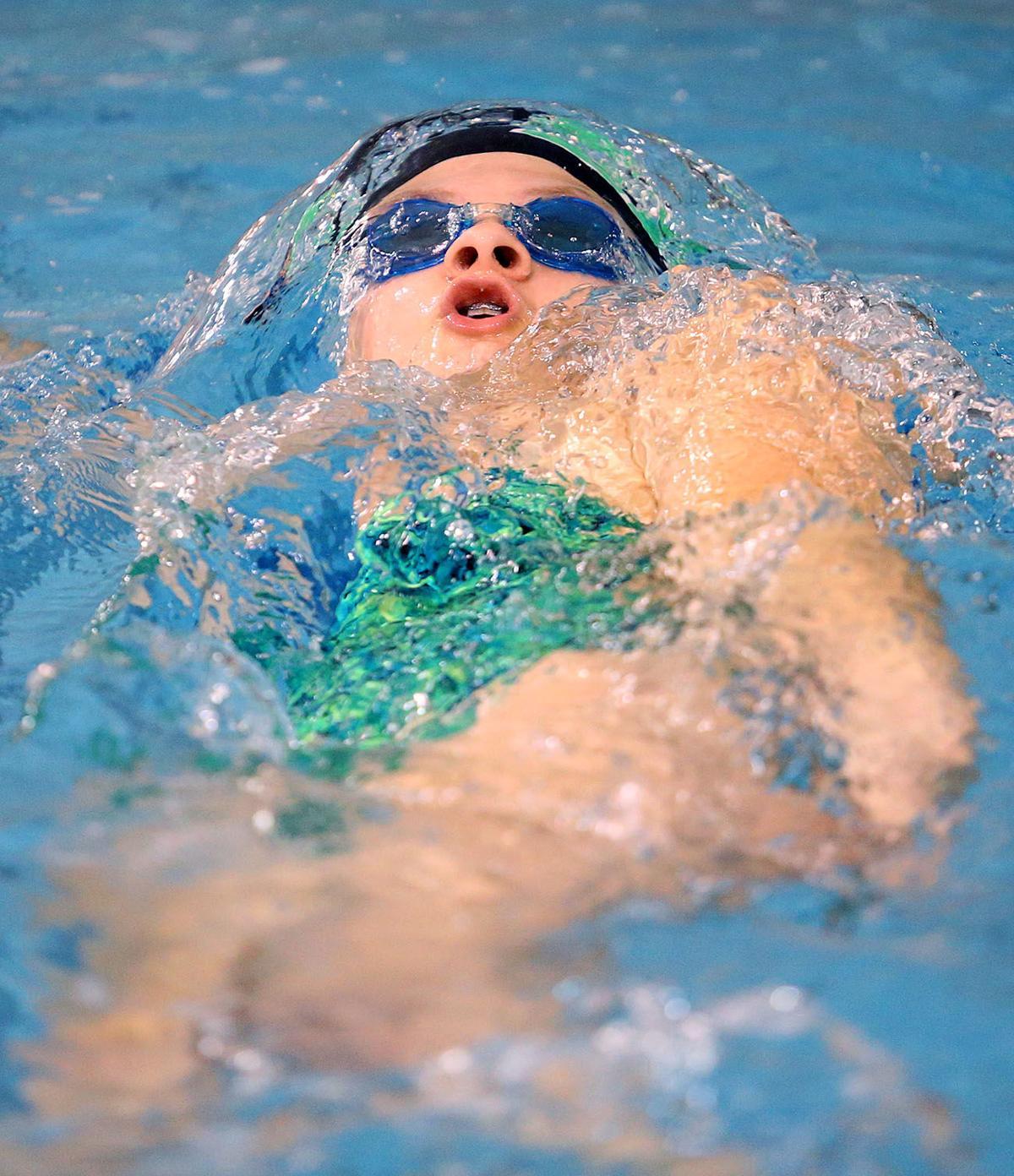 EHS vs Cass swimming 01.jpg