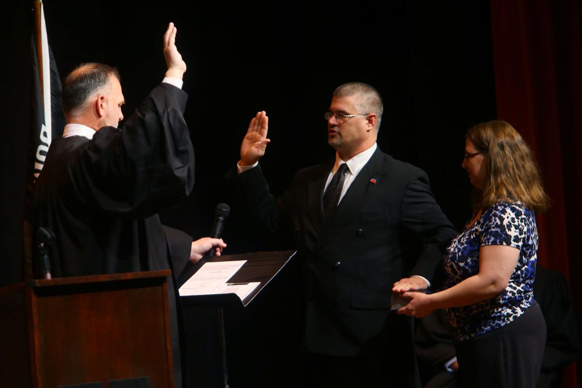 Oath of Office City Council 04.JPG