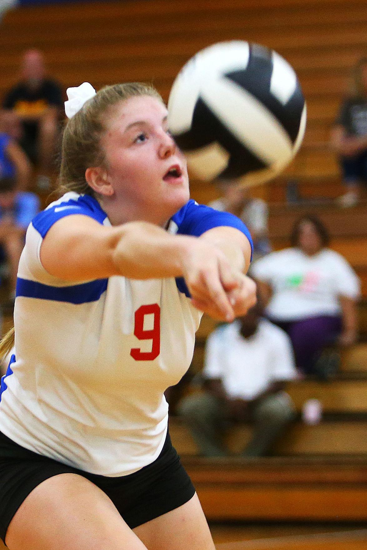 Volleyball KHS vs NMHS 06.jpg