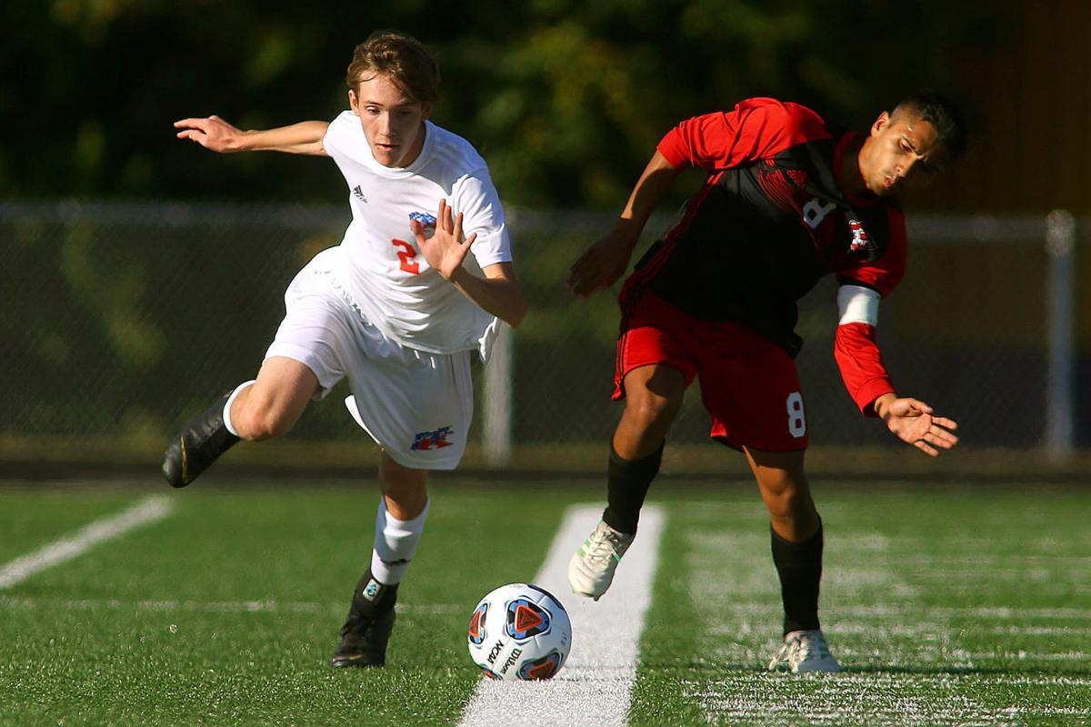 Sectional Soccer KHS vs LJ 03.jpg
