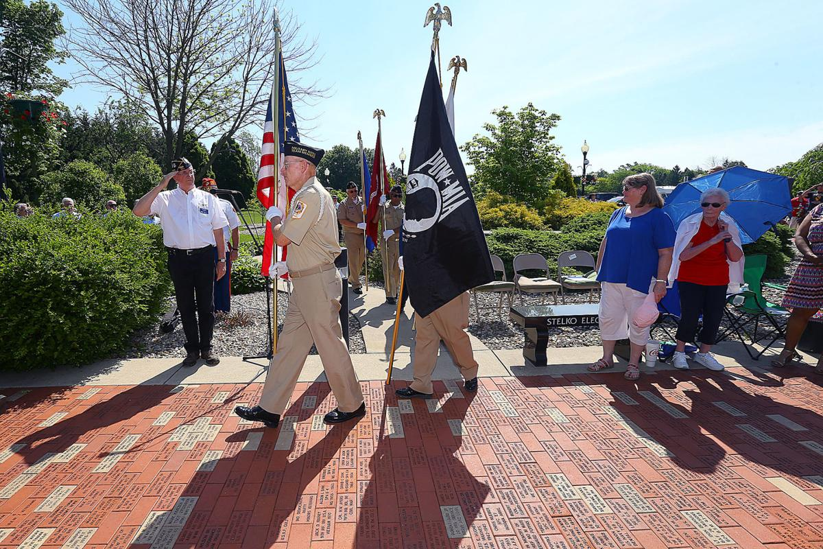 United Way Cements Veterans Program In Attempt To Address Complicated Fragmented System Local News Kokomotribune Com