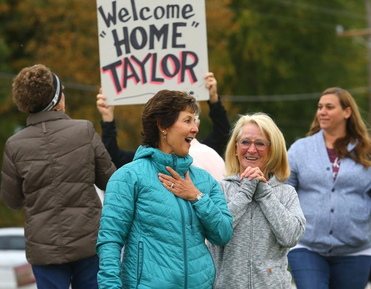Taylor Godfrey homecoming 02.jpg