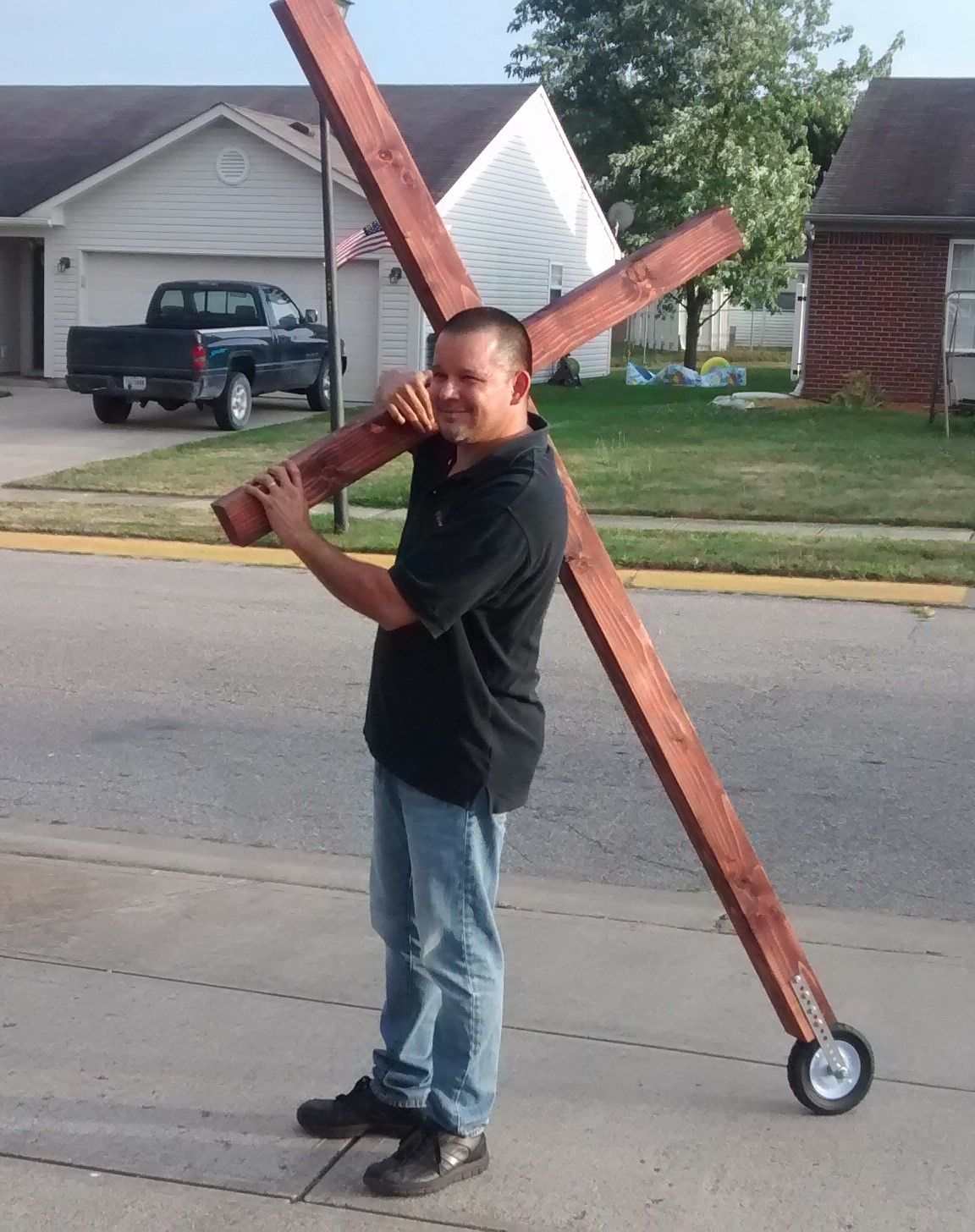 Peru Man Plans To Carry Cross Along Indiana 931 In Kokomo Saturday