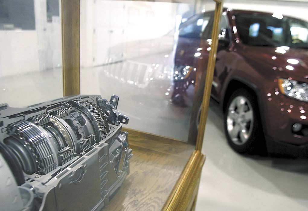 Chrysler, Delphi take different approaches to improve mpg | Local ...