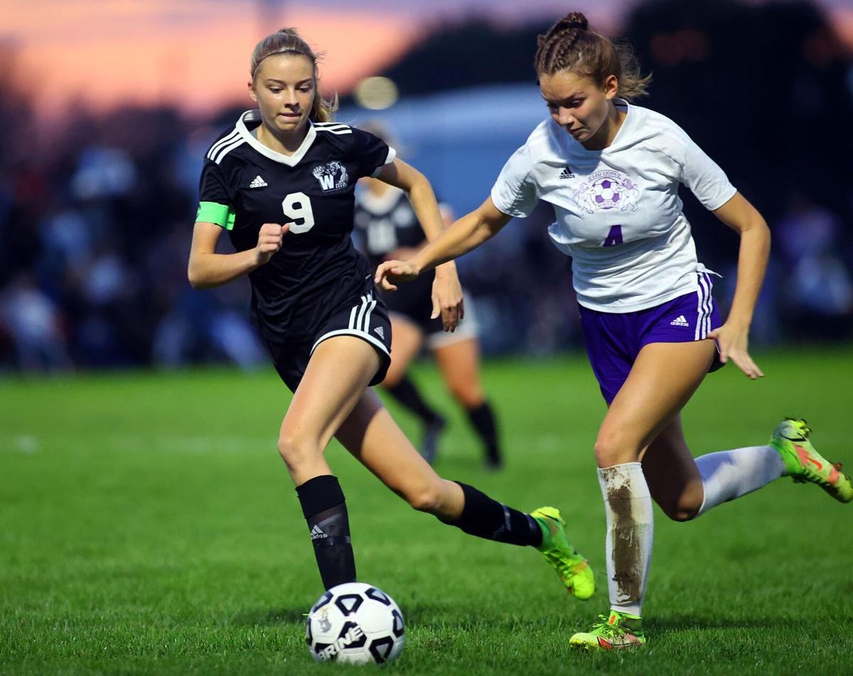 WHS vs Leo soccer regional 06.jpg