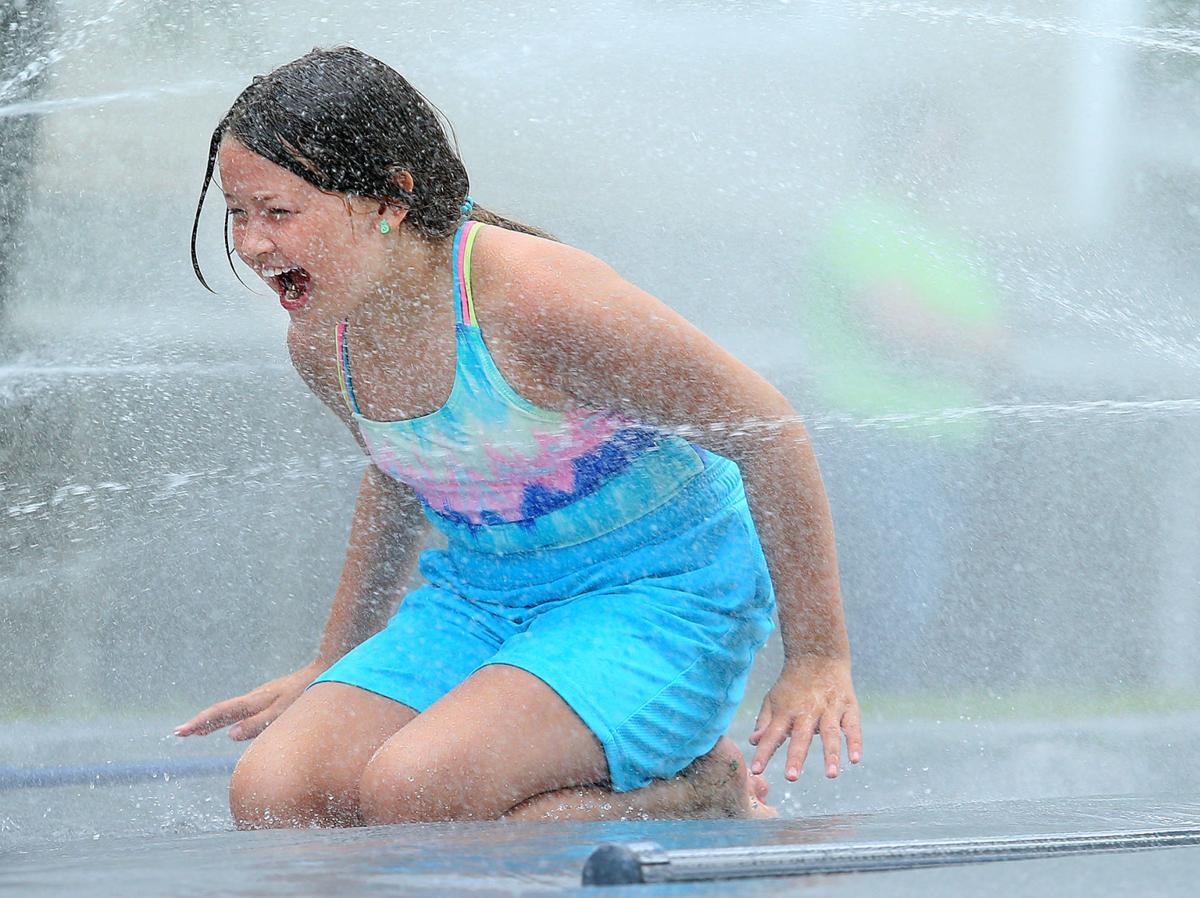 Water Spray 03.jpg