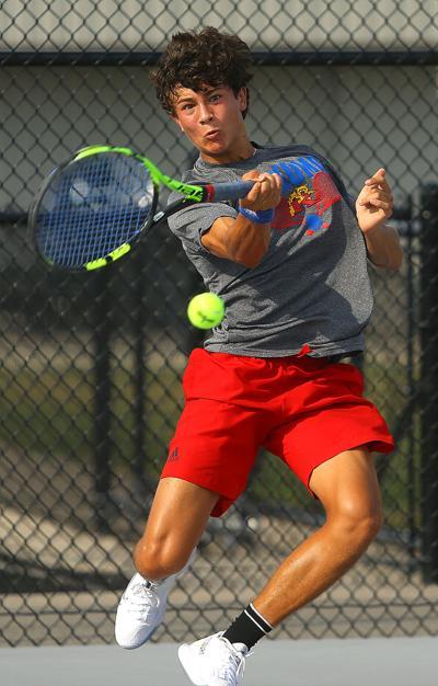 KHS vs Mac boys tennis 04.jpg