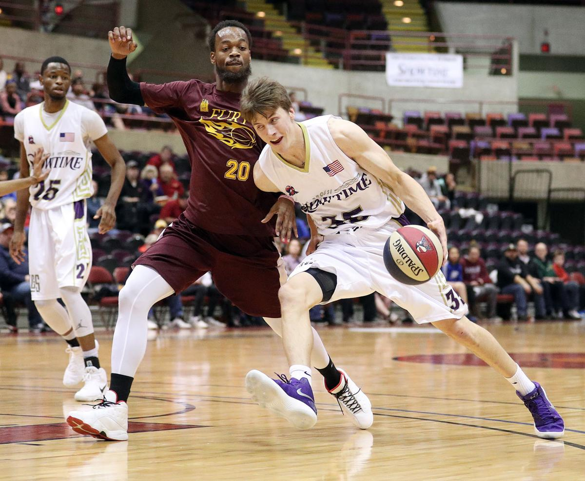 Colten Bartholomew: La Crosse Showtime debut at La Crosse Center up and down in every way