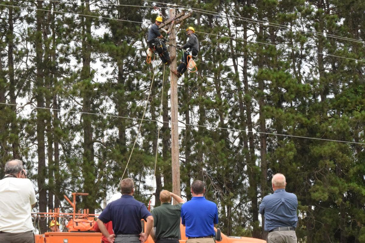 lineworkers 1