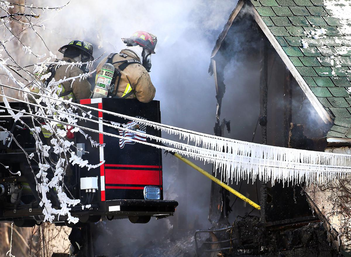 La Crosse firefighters battle flames, extreme cold at South Side home