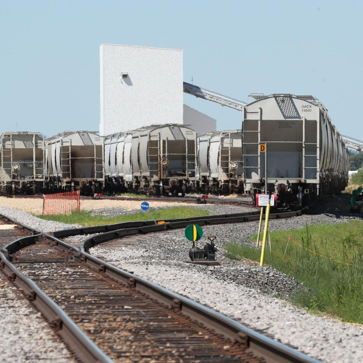 Wisconsin frac sand producers seek relief from rail costs