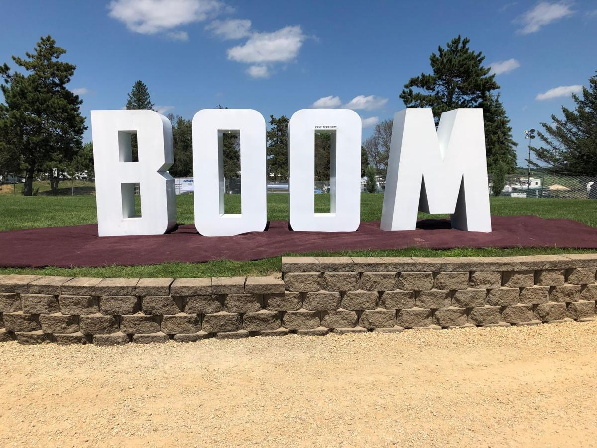 Country Boom Sign