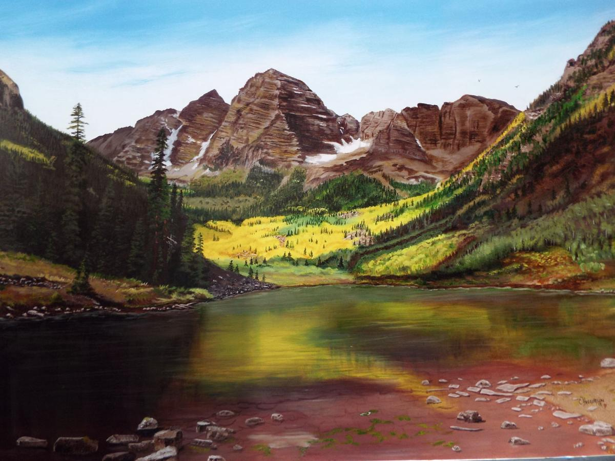 Maroon Bell Lake and mtns